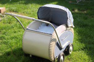 50er Jahre Kinderwagen